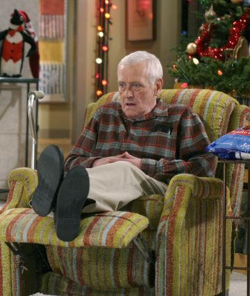 Played by John Mahoney, Marty Crane is the traditional blue collar father with a much more gruff and pragmatic attitude than his sons, Frasier and Niles. He proves to be a likable and caring father who embraces their differences.  @Paramount Television. All Rights Reserved.