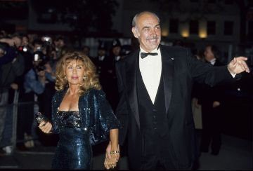 Sean Connery and his wife Micheline Roquebrune attend a premiere in London, 1990 circa. (Photo by Georges De Keerle/Getty Images)