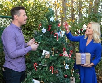 Ireland AM presenters Tommy Bowe and  Karen Koster pictured as they announced that  Virgin Media'sIreland AM is calling on local Irish businesses to feature in its#BackingLocalcampaign which gives businessesthe opportunity to promote their service or product to the nationin the run up to the festive season   Image credit: Virgin Media