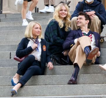 Tavi Gevinson, Evan Mock and Emily Alyn Lindseen are seen at the film set of the 'Gossip Girl' TV Series on November 10, 2020 in New York City.  (Photo by Jose Perez/Bauer-Griffin/GC Images)