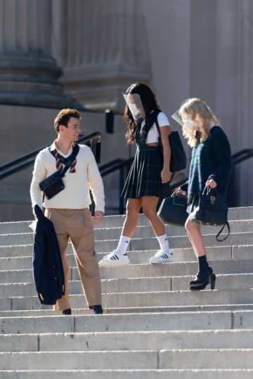 Thomas Doherty, Whitney Peak and Emily Alyn Lind are seen filming for 'Gossip Girl' outside the Metropolitan Museum of Art in the Upper East Side on November 10, 2020 in New York City. (Photo by Gotham/GC Images)