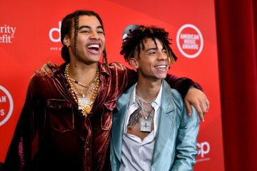 24kGoldn and Iann Dior attend the 2020 American Music Awards at Microsoft Theater on November 22, 2020 in Los Angeles, California. (Photo by Emma McIntyre /AMA2020/Getty Images for dcp)