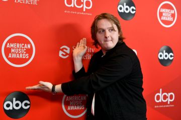 Lewis Capaldi attends the 2020 American Music Awards at Microsoft Theater on November 22, 2020 in Los Angeles, California. (Photo by Emma McIntyre /AMA2020/Getty Images for dcp)