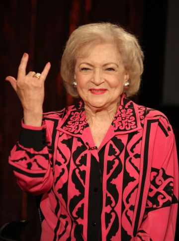 """Actress Betty White visits Fuse's """"No. 1 Countdown"""" at fuse Studios on June 11, 2009 in New York City.  (Photo by Bryan Bedder/Getty Images)"""