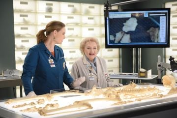 """Emily Deschanel and guest star Betty White in the """"The Carpals in the Coy-Wolves"""" episode of BONES airied on FOX. (Photo by FOX Image Collection via Getty Images)"""