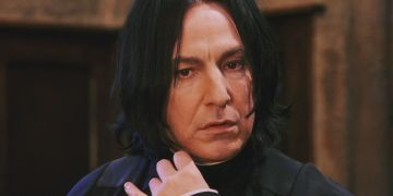 Alan Rickman took on the role of Potion's Master Severus Snape. Rickman was an established actor prior to joining the Harry Potter cast. He gained further recognition through Love Actually (2003), Alice in Wonderland (2010) and Eye in the Sky (2015). Rickman sadly died of pancreatic cancer in January 2016 at the age of 69.  Image credit: Warner Bros
