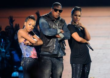 Lil Mama joins the list of stage invasions as she joined, Jay-Z and Alicia Keys performing onstage during the 2009 MTV Video Music Awards at Radio City Music Hall on September 13, 2009 in New York City. She later explained that the she felt the song so strongly and couldn't help but get onstage.  (Photo by Kevin Mazur/WireImage)