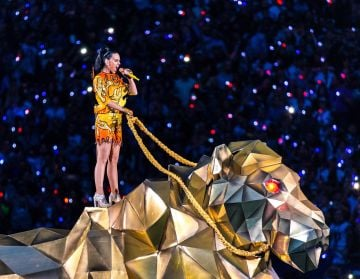Recording artist Katy Perry performs onstage during the Pepsi Super Bowl XLIX Halftime Show at University of Phoenix Stadium on February 1, 2015 in Glendale, Arizona.  (Photo by Christopher Polk/Getty Images)