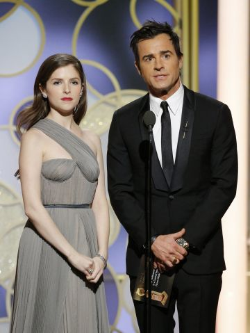 2017: Presenters Anna Kendrick (L) and Justin Theroux onstage during the 74th Annual Golden Globe Awards at The Beverly Hilton Hotel on January 8, 2017 in Beverly Hills, California. (Photo by Paul Drinkwater/NBCUniversal via Getty Images)