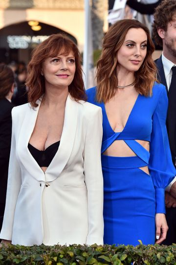 Actresses Susan Sarandon (L) and daughter Eva Amurri attend the 22nd Annual Screen Actors Guild Awards at The Shrine Auditorium on January 30, 2016 in Los Angeles, California.  (Photo by Alberto E. Rodriguez/Getty Images)