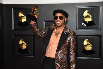 Anderson .Paak poses with the Grammy for Best Melodic Rap Performance in the media room during the 63rd Annual GRAMMY Awards at Los Angeles Convention Center on March 14, 2021 in Los Angeles, California. (Photo by Kevin Mazur/Getty Images for The Recording Academy )