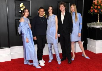(L-R) Alana Haim, Rostam Batmanglij, Danielle Haim, Ariel Rechtshaid and Este Haim of HAIM attend the 63rd Annual GRAMMY Awards at Los Angeles Convention Center on March 14, 2021 in Los Angeles, California. (Photo by Kevin Mazur/Getty Images for The Recording Academy )