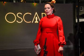 Olivia Colman attends a screening of the Oscars on Monday, April 26, 2021 in London, United Kingdom. (Photo by Alberto Pezzali-Pool/Getty Images)