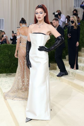 """NEW YORK, NEW YORK - SEPTEMBER 13: Gigi Hadid attends the 2021 Met Gala benefit """"In America: A Lexicon of Fashion"""" at Metropolitan Museum of Art on September 13, 2021 in New York City. (Photo by Taylor Hill/WireImage)"""