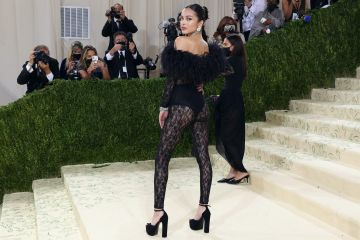 """NEW YORK, NEW YORK - SEPTEMBER 13: Olivia Rodrigo attends the 2021 Met Gala benefit """"In America: A Lexicon of Fashion"""" at Metropolitan Museum of Art on September 13, 2021 in New York City. (Photo by Taylor Hill/WireImage)"""