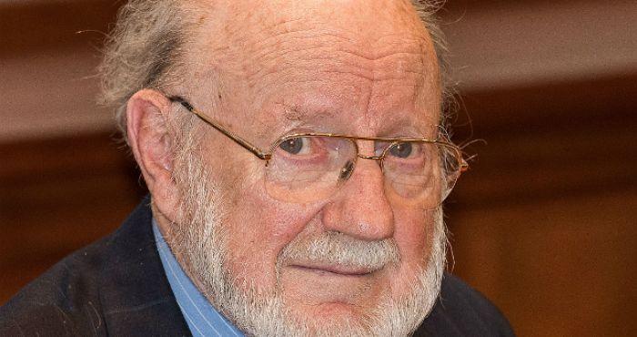 Irish Nobel Laureate William C  Campbell calls for a repeal of the