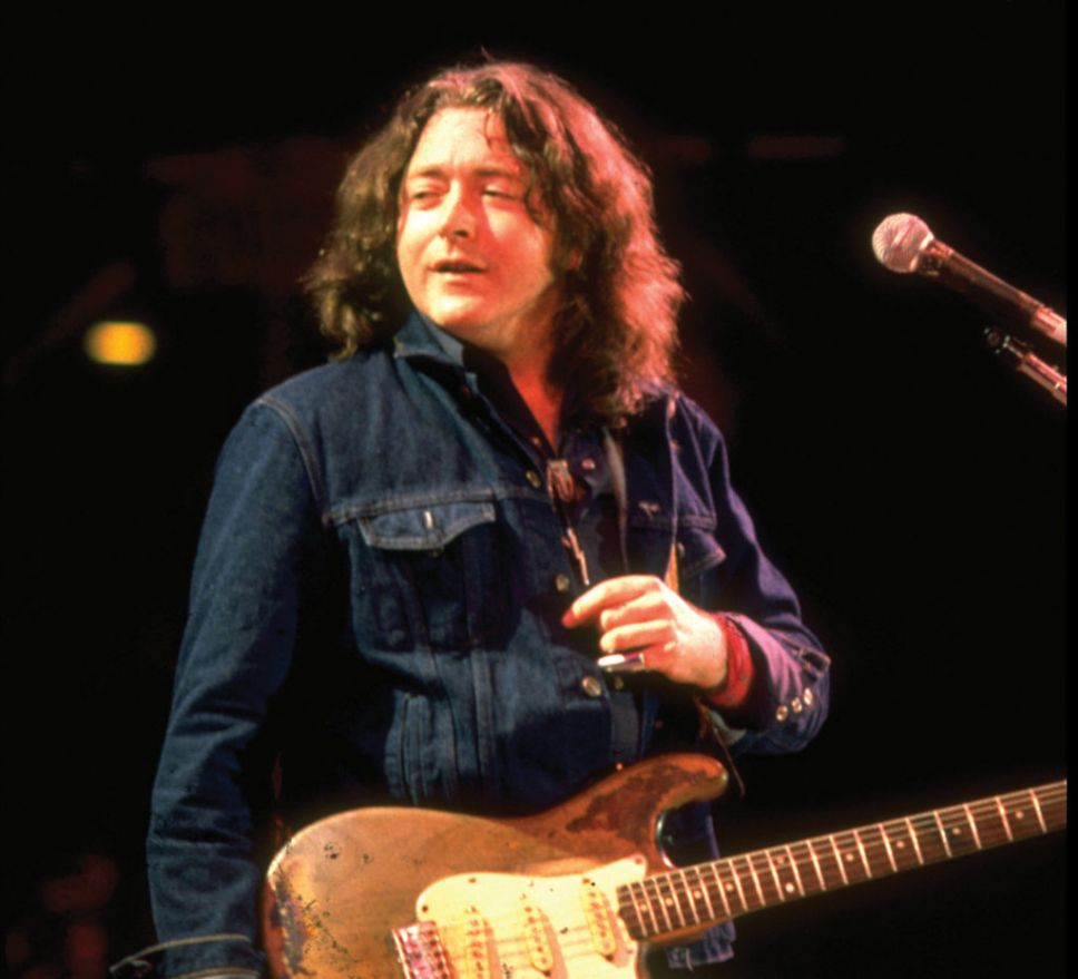Photos en vrac - Page 13 Rory-gallagher-live-in-cork-041-1024x930