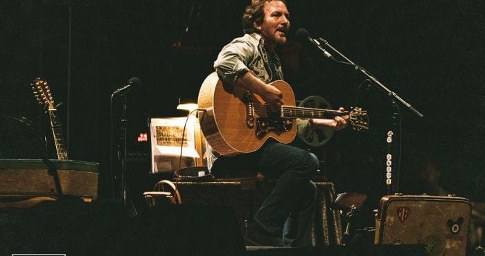 Live Report: Eddie Vedder & Glen Hansard at the 3Arena | Hotpress