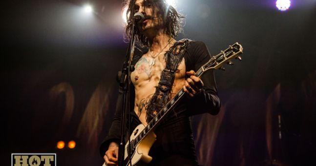 Darkness Bawls Across The Land: The Complete Justin Hawkins Christmas Message | Hotpress