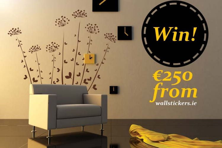 Share your feature wall on Houseandhome.ie and WIN a €250 voucher from Wallstickers.ie!