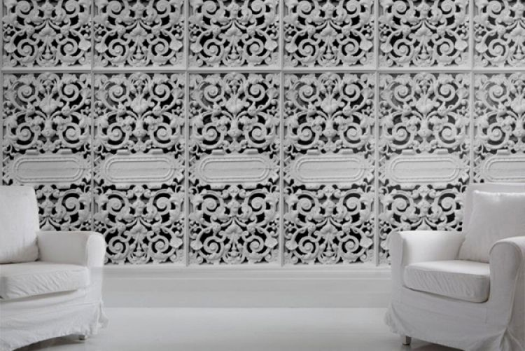Feature wall: Cast iron lace panels