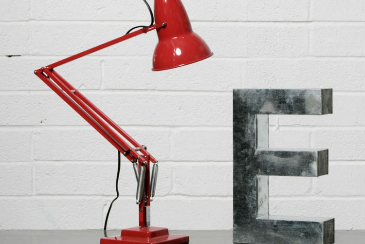 9 industrial lights, lamps and pendants