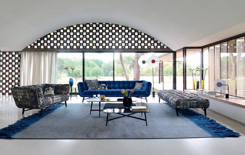 Object Obsession: The Cobalt Couch