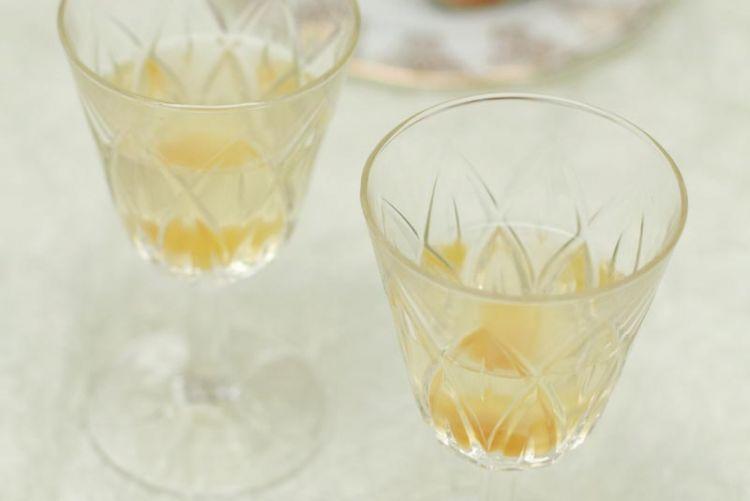 A Seasonal Soirée: Stem ginger fizz