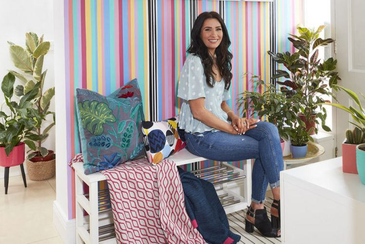 Gill Corrigan brings the bright with a DIY rainbow paint mural using Crown Paints #BehindThePaint