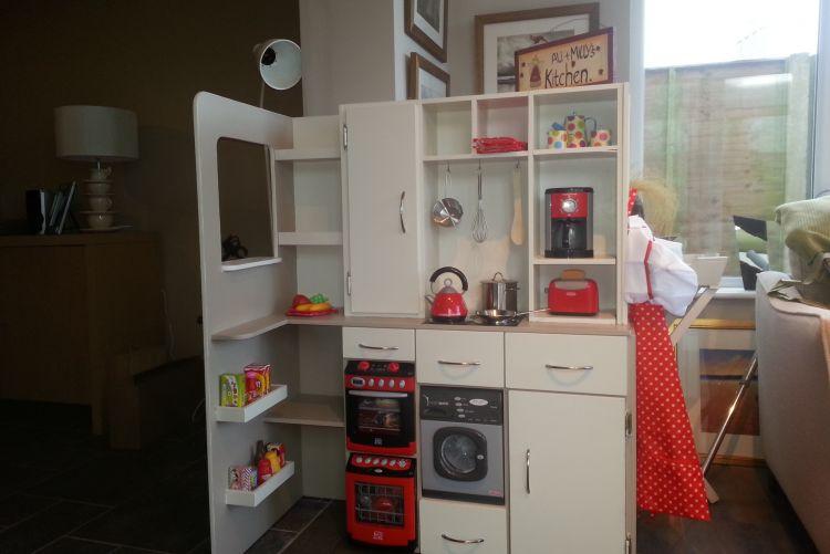 Santa's Kitchen Helper