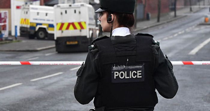 Bomb 'planted by New IRA' in Derry sparks riots; petrol bombs thrown