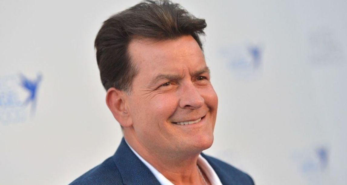 Winning! Actor Charlie Sheen to receive a Lifetime Achievement Award from The Irish Post