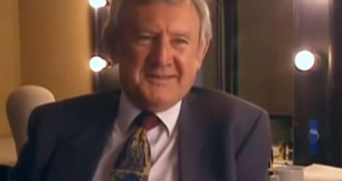 'Ballykissangel' star Niall Toibin passes away age 89