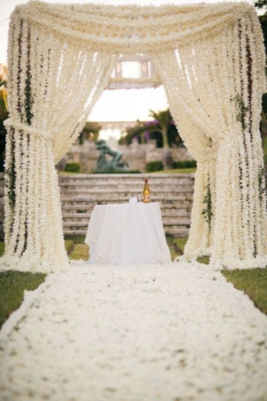 20 Alternative Wedding Altars 9 500X750