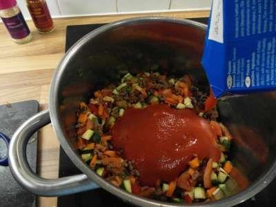 4 Add Veg Passata