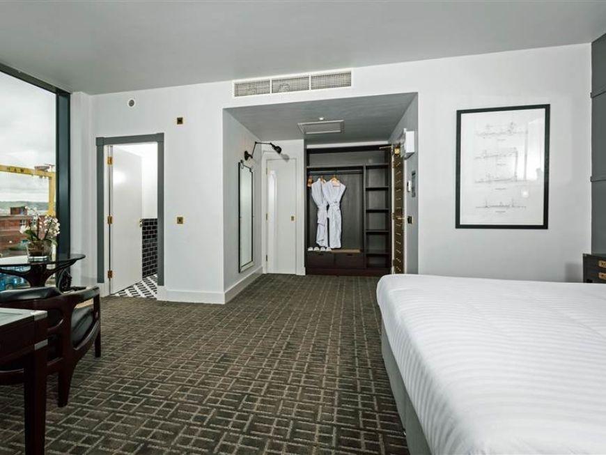 Bedrooms Executive Titanic
