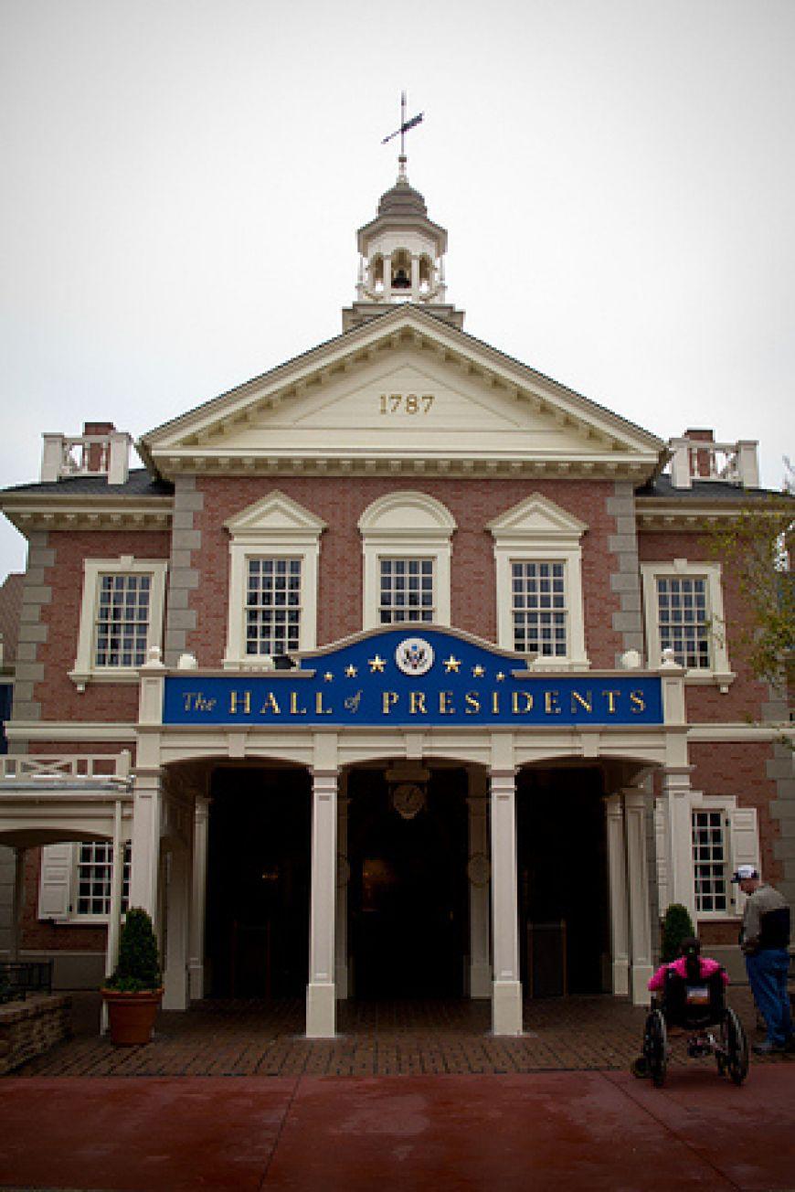 Hall-of-Presidents-Lantern
