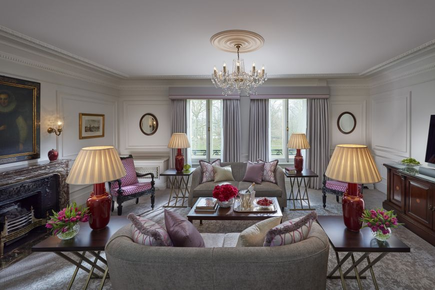 london-2015-suite-deluxe-park-living-room