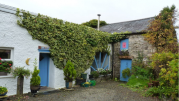 This Little Farmhouse In Roscommon Is Even More Gorgeous On The Inside
