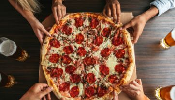 You can get bottomless pizza and ice-cream at this London restaurant