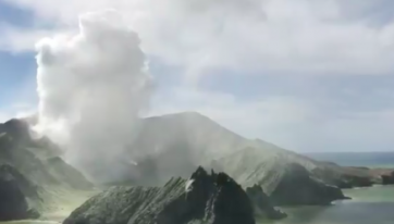 Irishwoman registers herself as alive following New Zealand volcano eruption