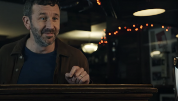 WATCH: Chris O'Dowd surprised locals in the Kingdom and gave them a spin to the pub
