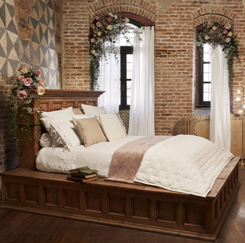 Juliet's bedroom