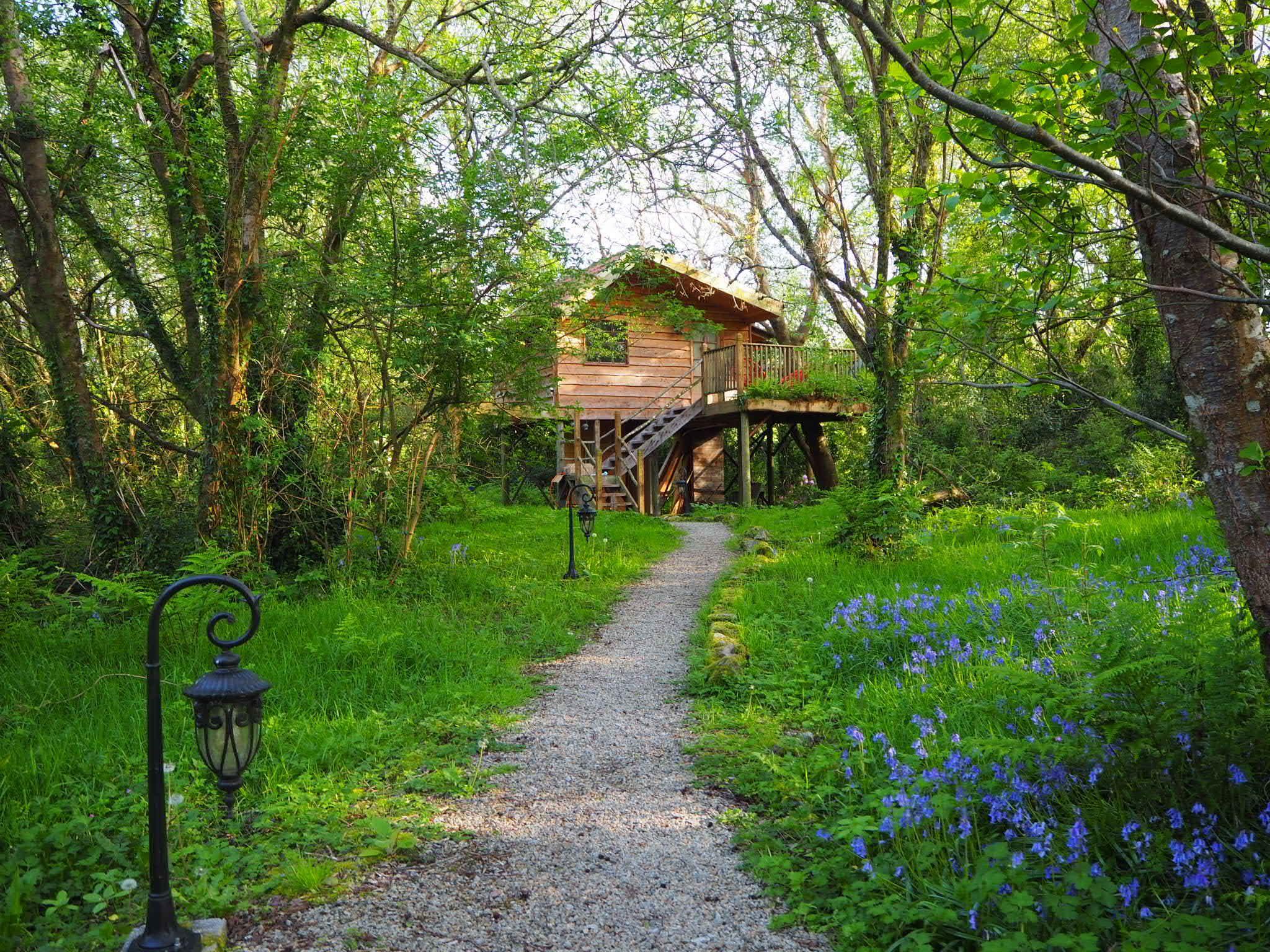 Leitrim treehouse