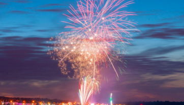 A Stunning Fireworks Display Will Take Place Over Bray Tonight