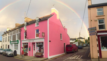 There Will Be A 'Brunch Bus' Trip To This Gorgeous Little Cork Pub This Weekend