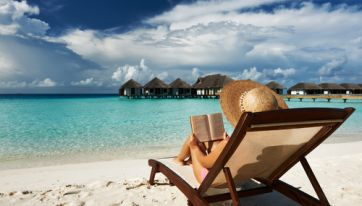A Stunning Luxury Resort In The Maldives Is Hiring A New Bookseller