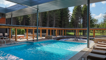 Ireland's First Outdoor Forest Spa Is Now Open