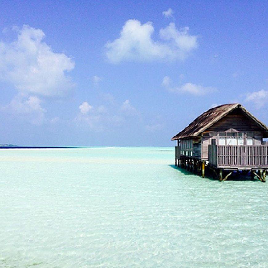 Cocoa-Island-in-The-Maldives-Islands1