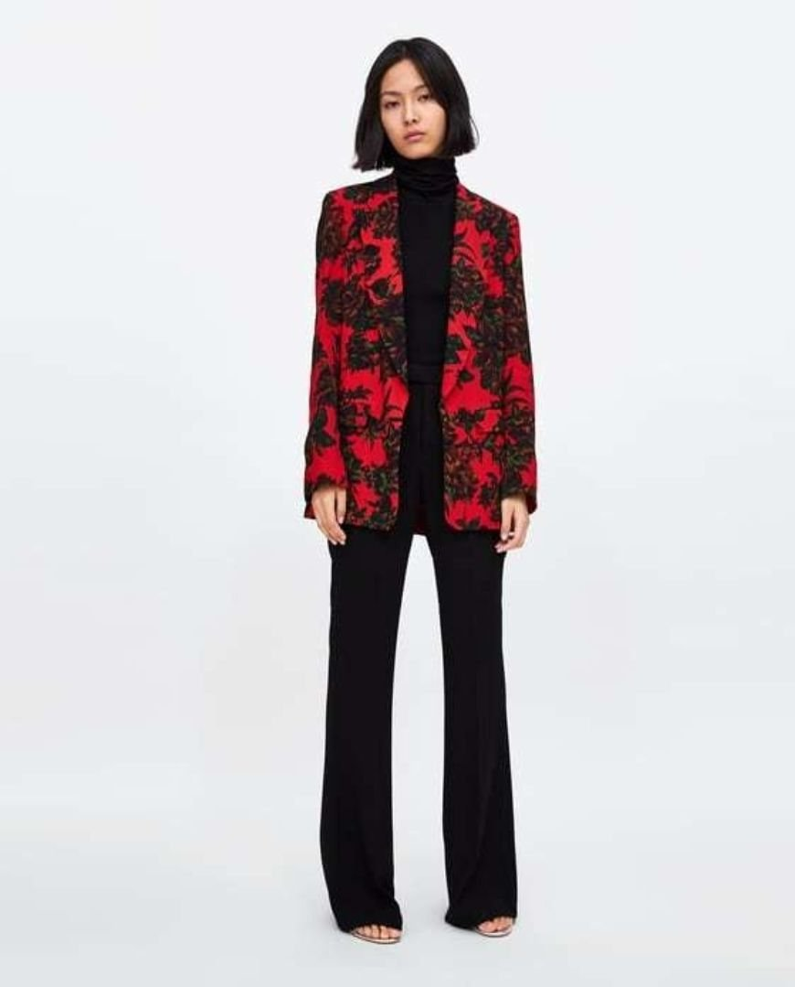 Flowing Printed Blazer Zara